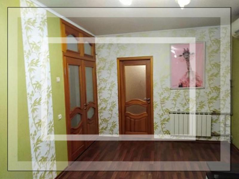 Квартира, 4-комн., Харьков, 624м/р, Амосова (Корчагинцев)
