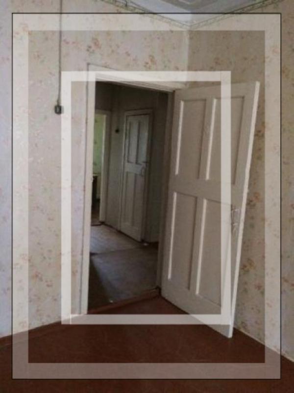 Квартира, 2-комн., Червоный  Донец, Балаклейский район, Мира (Ленина, Советская)