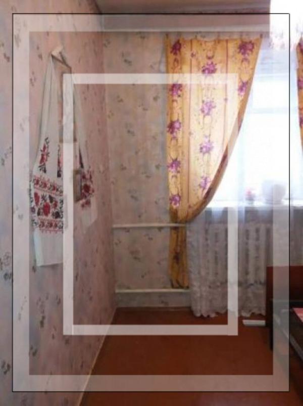 Квартира, 3-комн., Красноград, Красноградский район