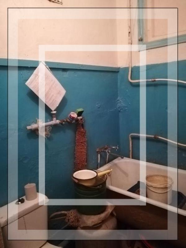 Купить 1-комнатная квартира, Чугуев, Комарова, Харьковская область