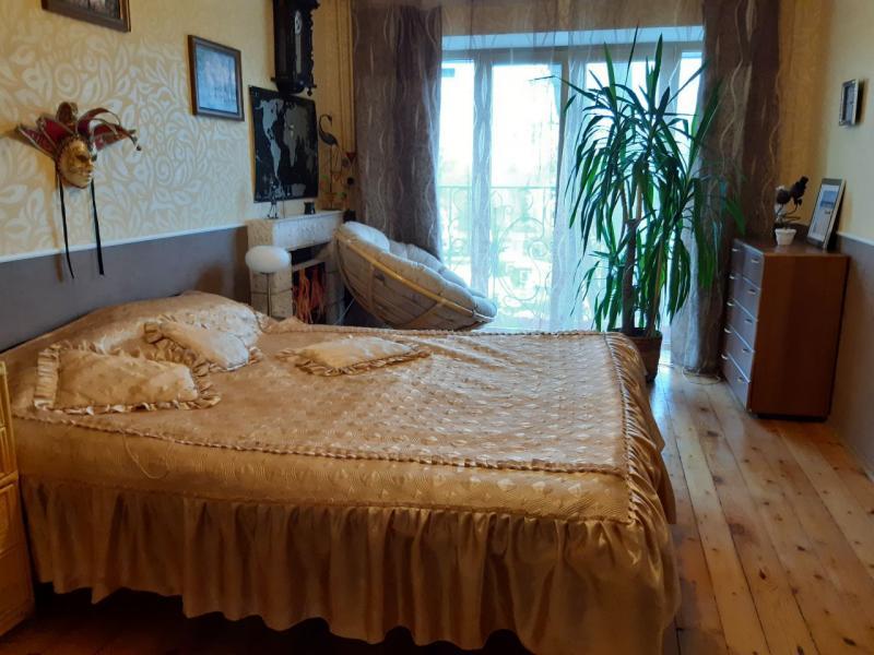 Купить 4-комнатная квартира, Харьков, Павлово Поле, Шекспира