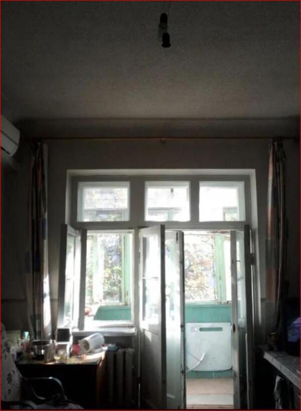 Купить 2-комнатная гостинка, Харьков, Жуковского поселок, Академика Проскуры