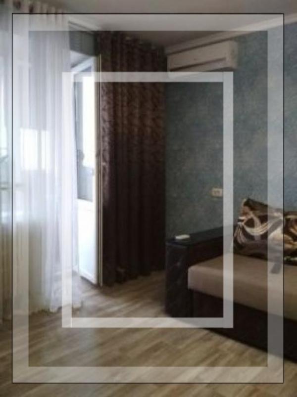 Купить 3-комнатная квартира, Харьков, Южный Вокзал, Маршала Конева