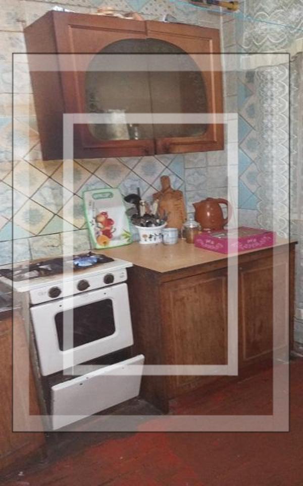 3 комнатная квартира, Золочев, Вознесенская пл. (22 съезда КПСС пл.), Харьковская область (573015 2)