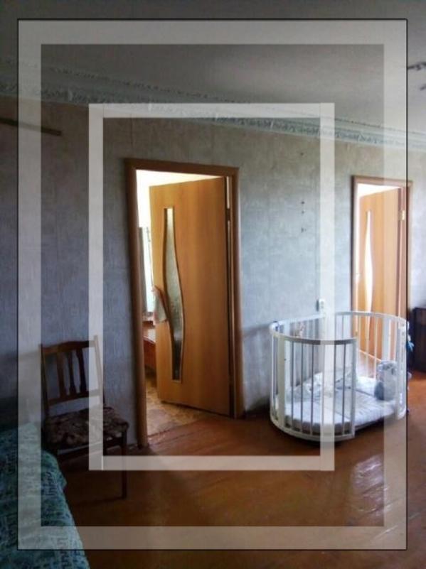 Купить 3-комнатная квартира, Чугуев, Кожедуба, Харьковская область