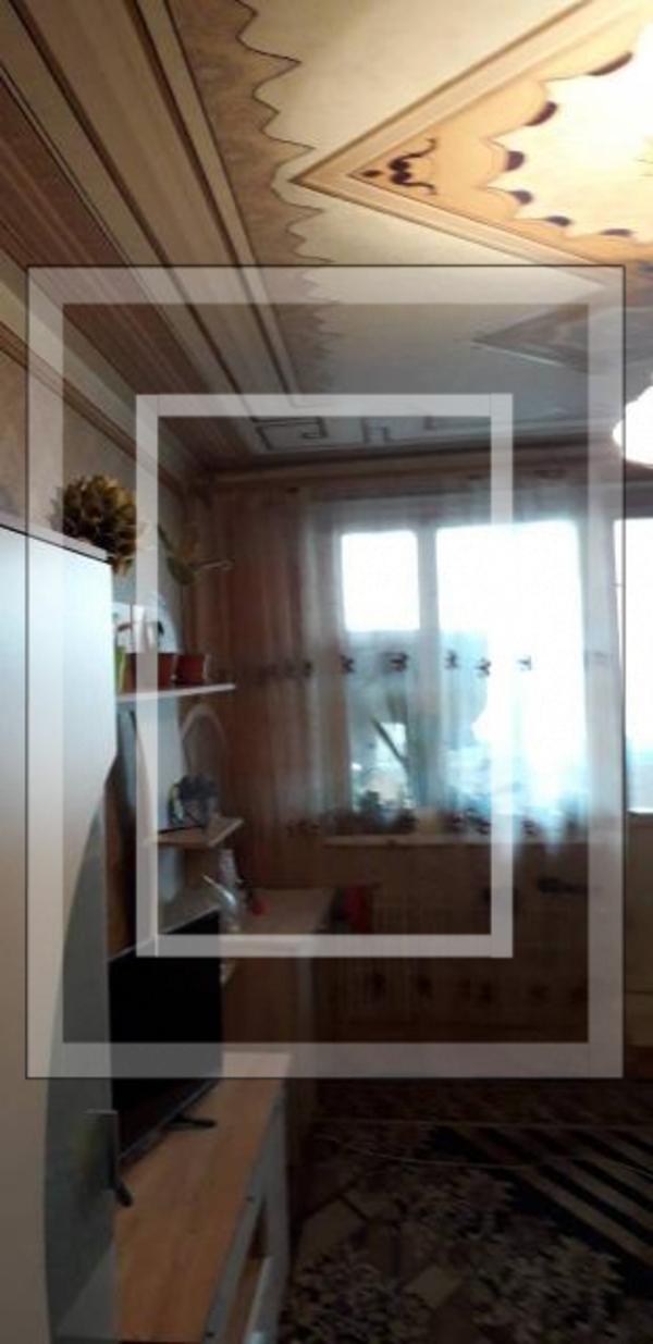 2 комнатная квартира, Чугуев, Харьковская (Ленина, Советская, Артема), Харьковская область (586389 1)