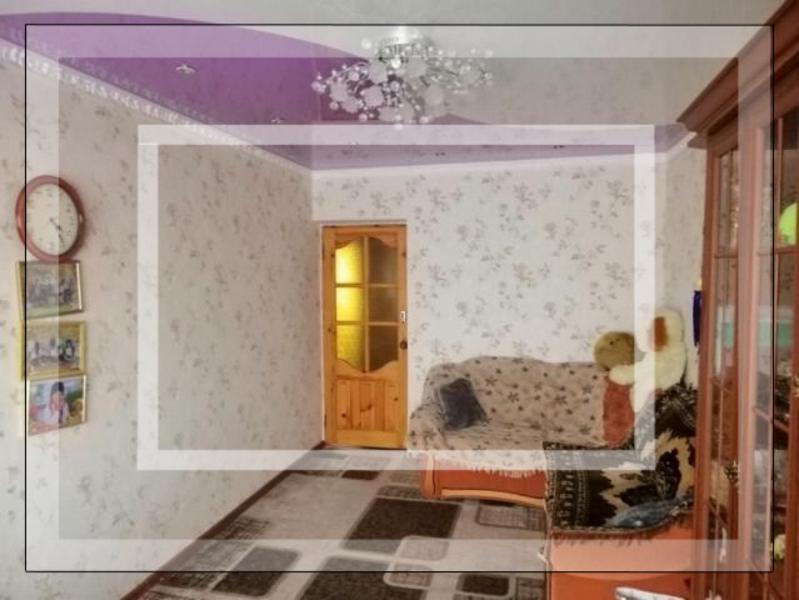 Квартира, 2-комн., Донец (Червоный Донец), Балаклейский район, Спортивная (Калинина, Якира, Комсомольская, 50 лет Октября)