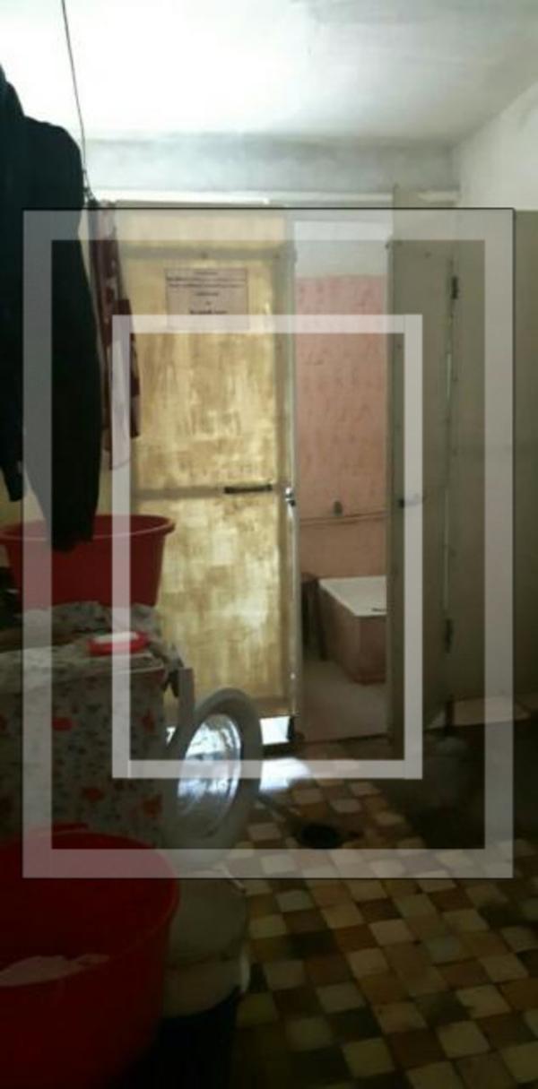 1 комнатная гостинка, Харьков, ХТЗ, Александровский пр. (Косиора пр.) (592301 1)