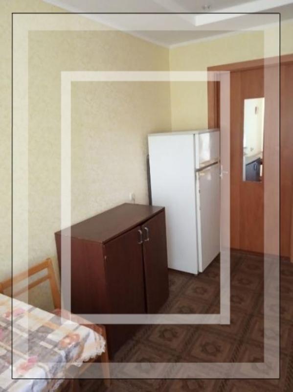 Комната, Харьков, Павлово Поле, 23 Августа (Папанина)