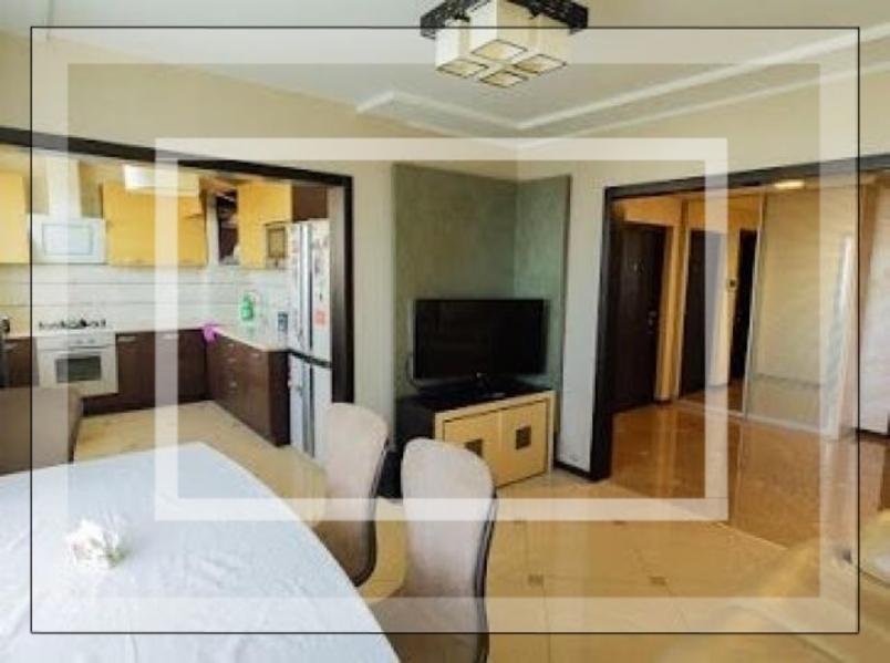 Купить 4-комнатная квартира, Харьков, Салтовка, Амосова (Корчагинцев)