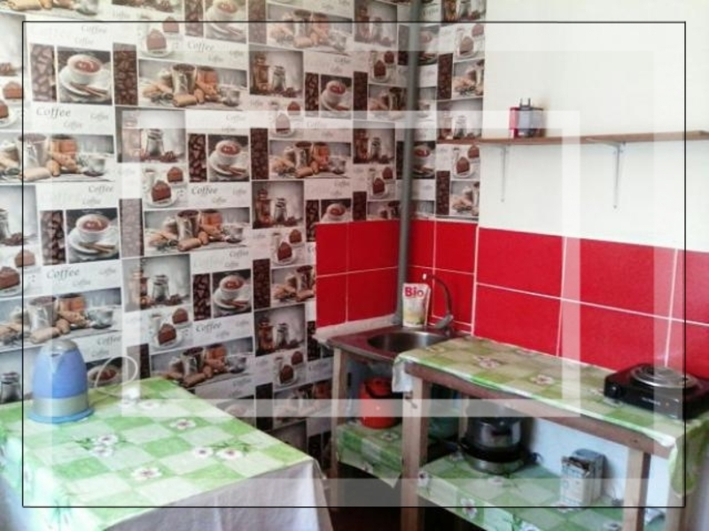 Квартира, 3-комн., Мартовое, Печенежский район