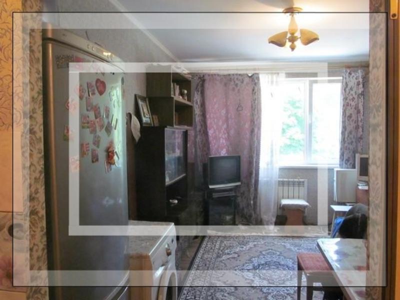 Купить 1-комнатная гостинка, Харьков, Рогань жилмассив, Докучаева