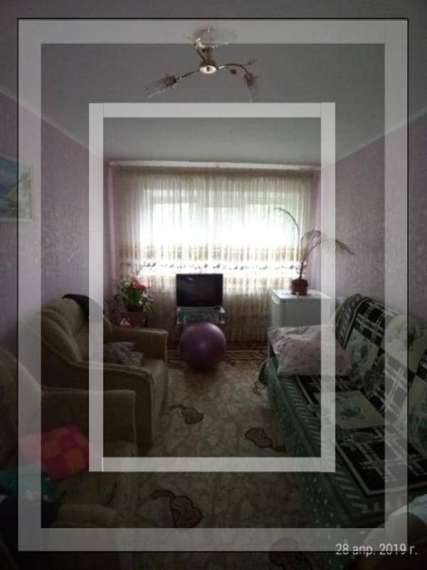 Квартира, 2-комн., Докучаевское(Коммунист), Харьковский район, Докучаевская