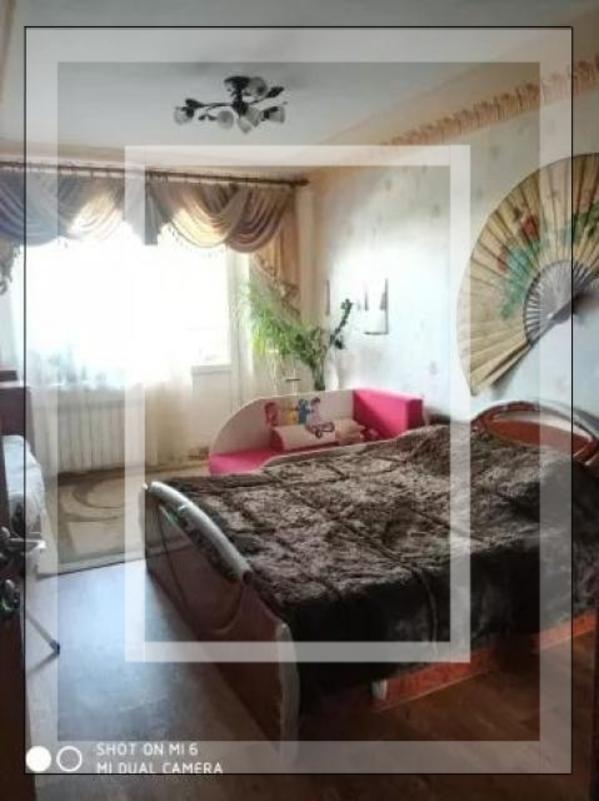 Квартира, 3-комн., Харьков, Спортивная метро, Тарасовская