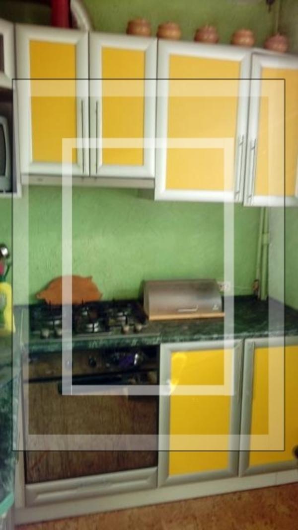Купить 3-комнатная квартира, Чугуев, Чайковская, Харьковская область