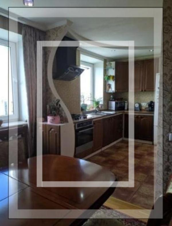 Квартира, 3-комн., Харьков, Сосновая горка, Новгородская