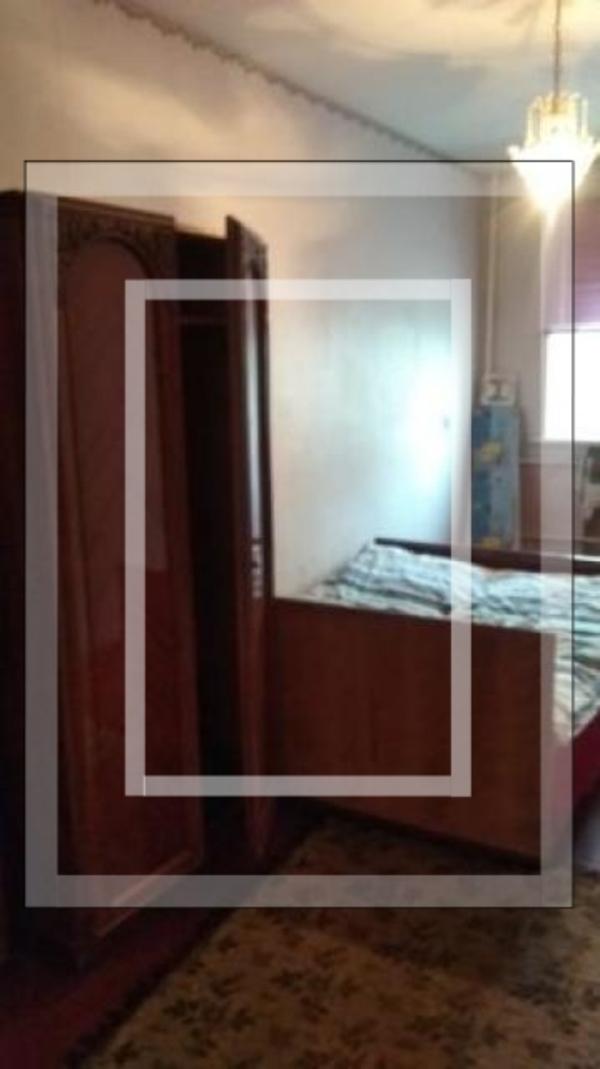 Квартира, 3-комн., Изюм, Изюмский район, Солнечная (Красноармейская, Кирова, Октябрьская, Совхозная)