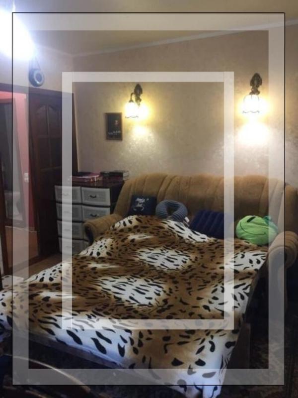 Купить 2-комнатная квартира, Харьков, Госпром, Культуры (Калинина, Свердлова, Советская Советский 3 пер.)