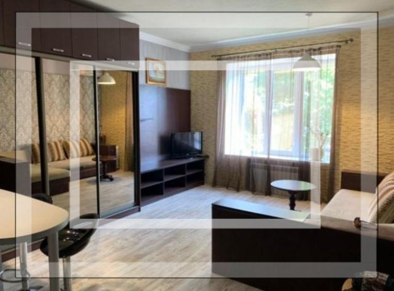 Купить 1-комнатная квартира, Харьков, Центр, Кооперативная (Петровского)