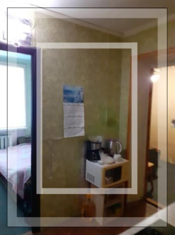 Купить 2-комнатная гостинка, Харьков, Аэропорт, Локомотивная