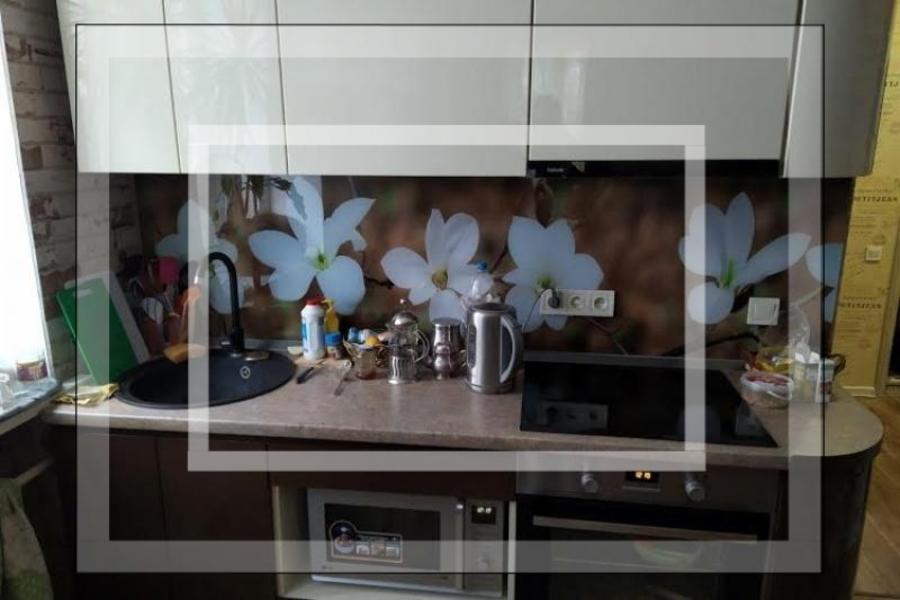 Купить 2-комнатная гостинка, Харьков, Шатиловка, Науки проспект (Ленина проспект)