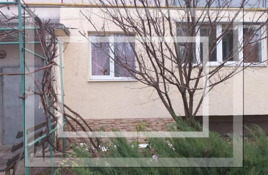 Квартира, 4-комн., Золочев, Золочевский район