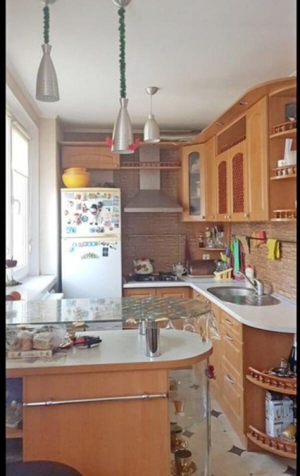 Купить 3-комнатная квартира, Харьков, ОДЕССКАЯ, Костычева