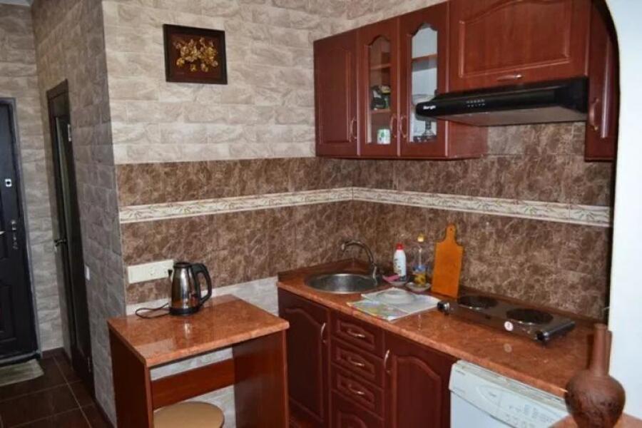 Купить 1-комнатная гостинка, Харьков, ОДЕССКАЯ, Морозова