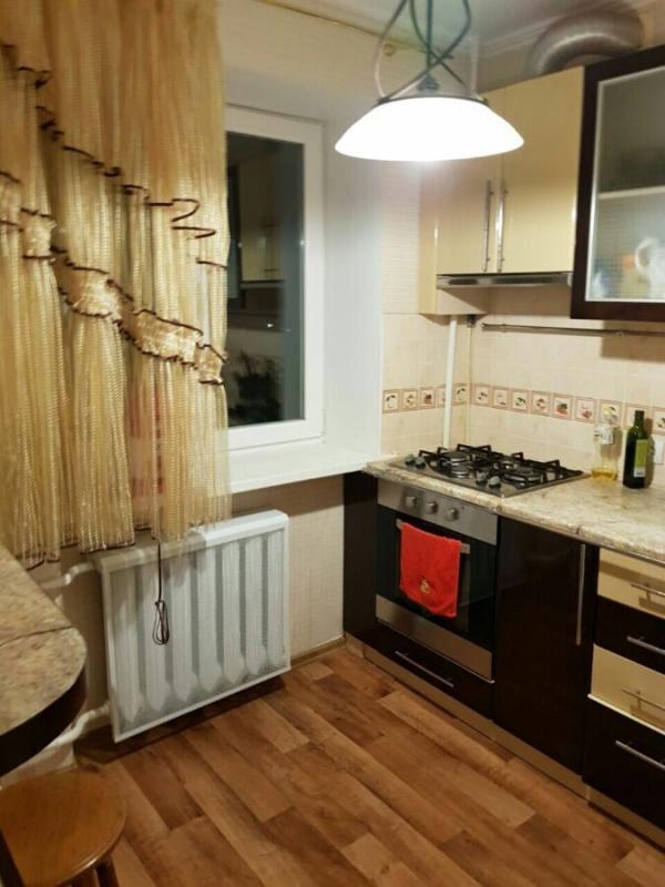 Купить 2-комнатная квартира, Чугуев, Харьковская (Ленина, Советская, Артема), Харьковская область