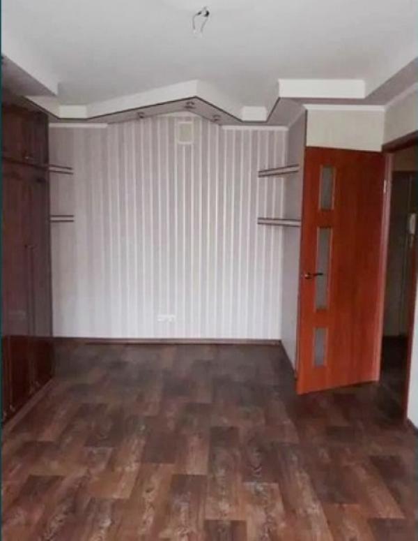 Купить 2-комнатная гостинка, Харьков, Старая салтовка, Маршала Батицкого