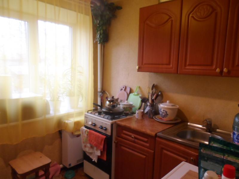 Квартира, 1-комн., Мерефа, Харьковский район, Октябрьская (пригород)