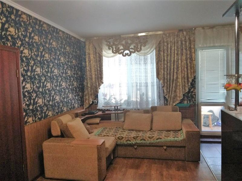 Купить 3-комнатная квартира, Чугуев, Аграрная пл. (Октября пл.), Харьковская область