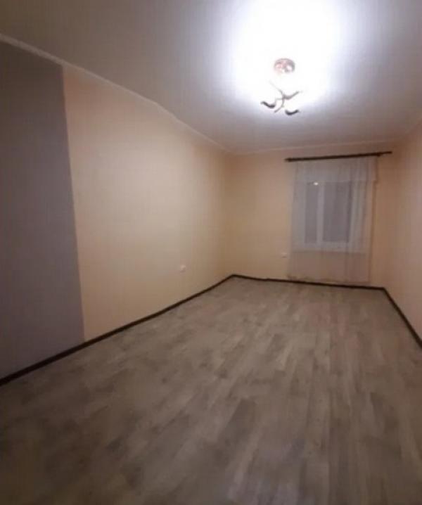 Купить 1-комнатная гостинка, Харьков, ИВАНОВКА, Красномаяцкая