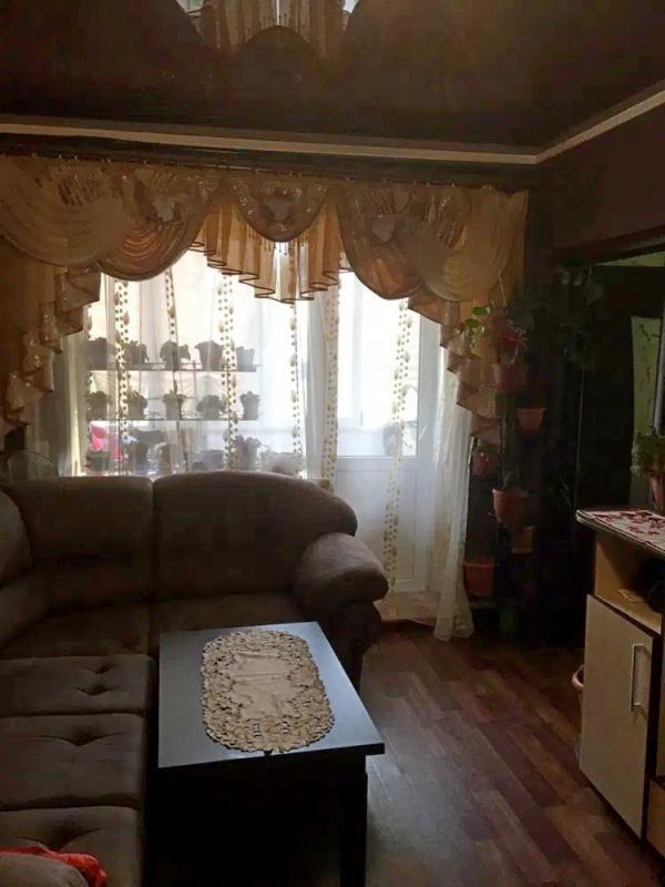 Купить 3-комнатная квартира, Рогань, Опытная, Харьковская область