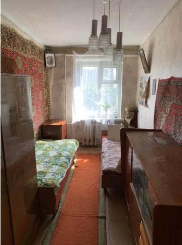 Квартира, 2-комн., Слобожанское (Комсомольское), Змиевской район, Сергея Закоры (Ленина)