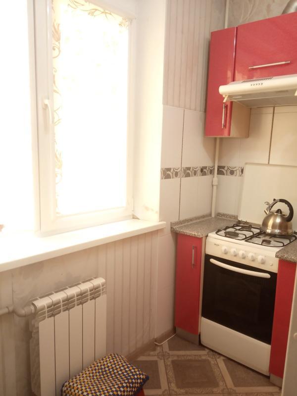Квартира, 1-комн., Харьков, 606м/р, Тракторостроителей просп.