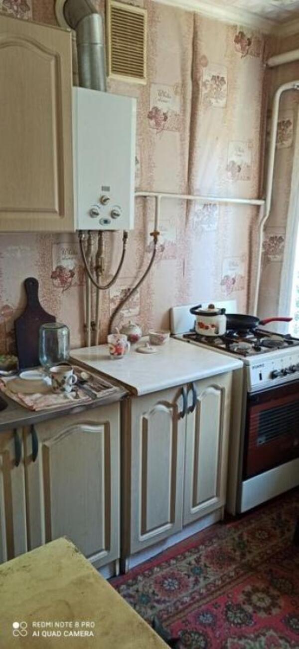 Квартира, 2-комн., Красноград, Красноградский район, 8 Марта