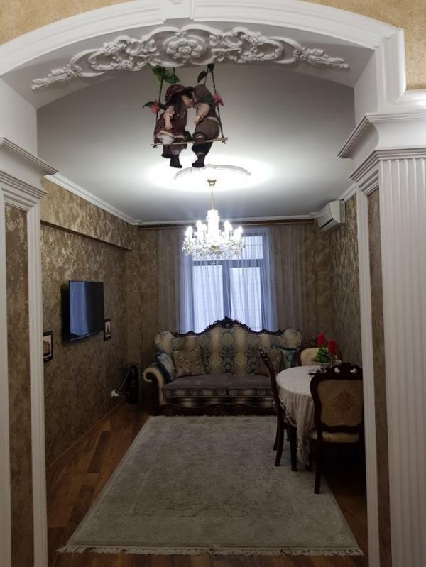 Квартира, 3-комн., Харьков, Центр, Конституции пл.