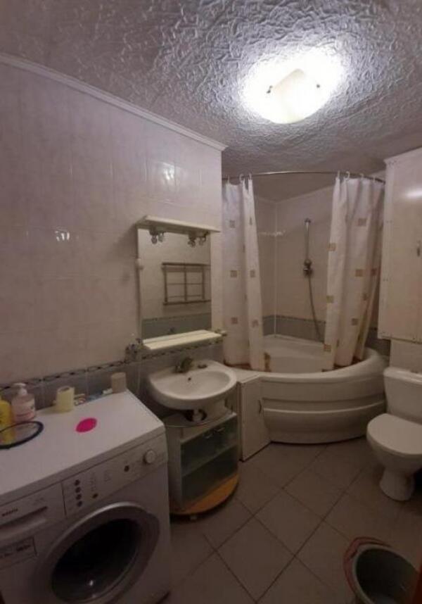 Купить 3-комнатная квартира, Харьков, Северная Салтовка, Родниковая (Красного милиционера, Кирова)