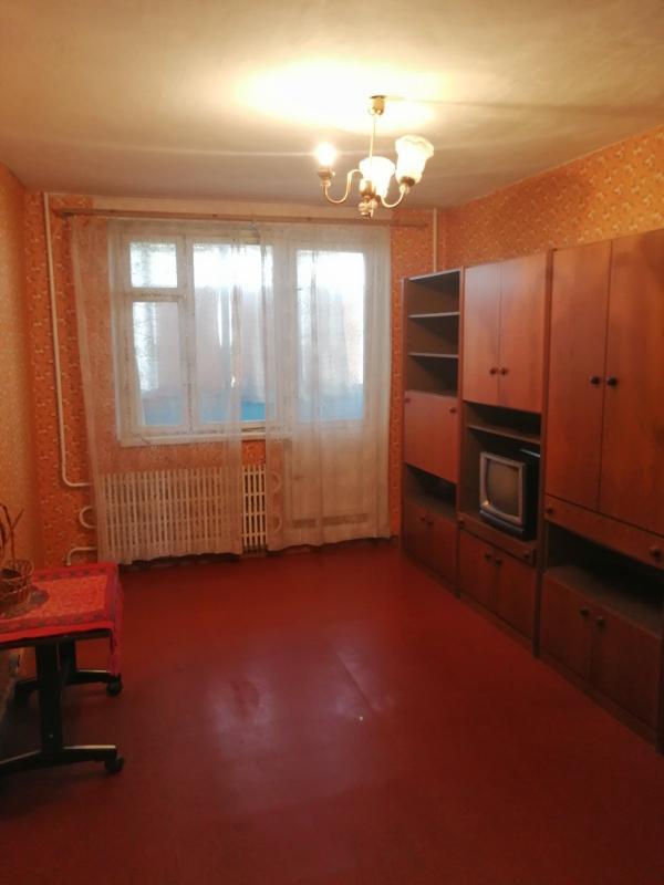 Квартира, 3-комн., Харьков, 606м/р, Тракторостроителей просп.