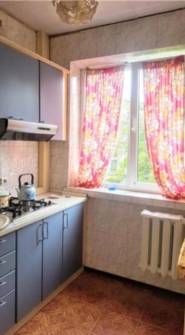 Купить 2-комнатная квартира, Харьков, Салтовка, Светлая (Воровского, Советская, Постышева, ленина. 50 лет Октября)