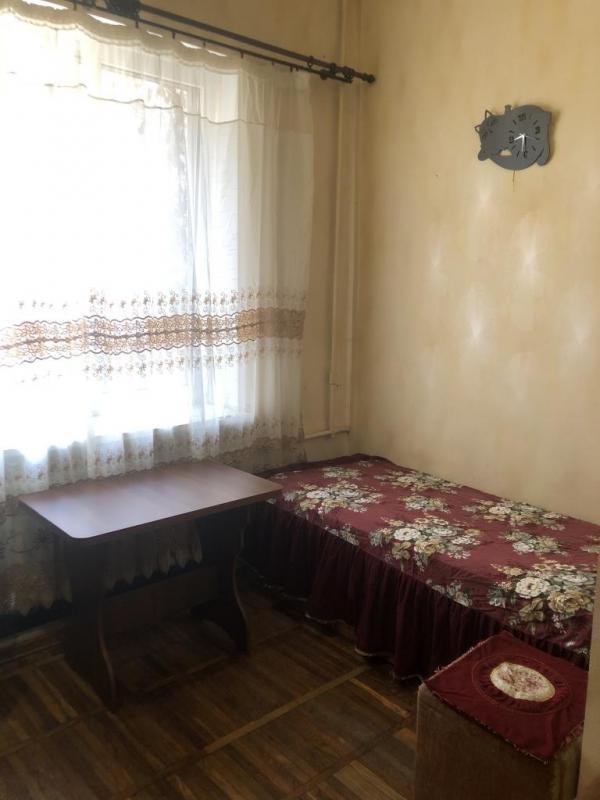 Купить 1-комнатная гостинка, Харьков, Спортивная метро, Молодой Гвардии