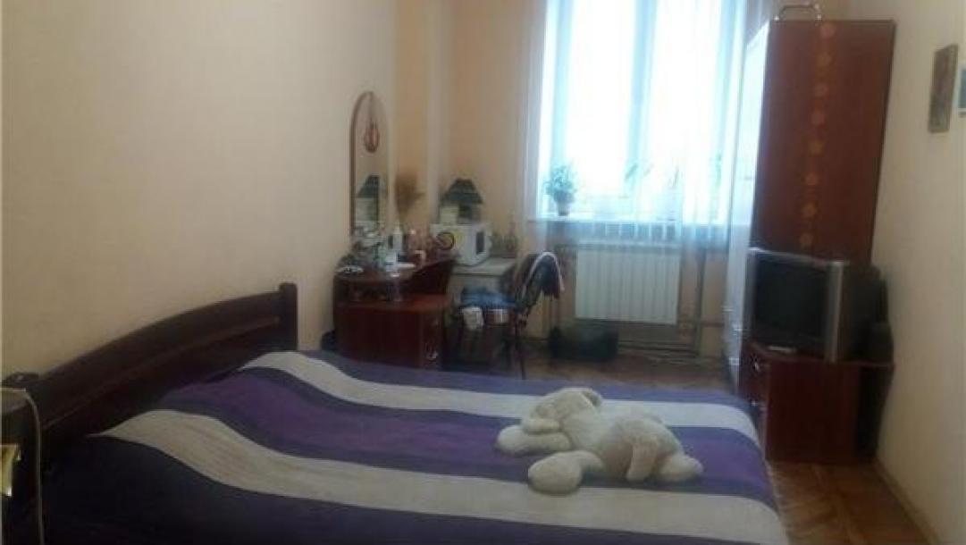 Купить 3-комнатная квартира, Харьков, Южный Вокзал, Кацарская