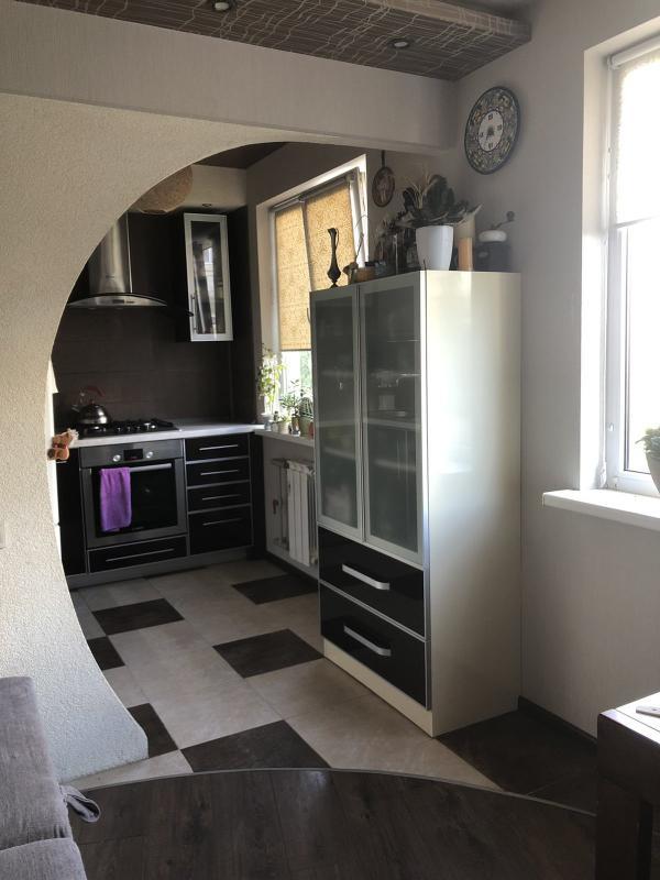 Квартира, 3-комн., Харьков, Залютино, Борзенко