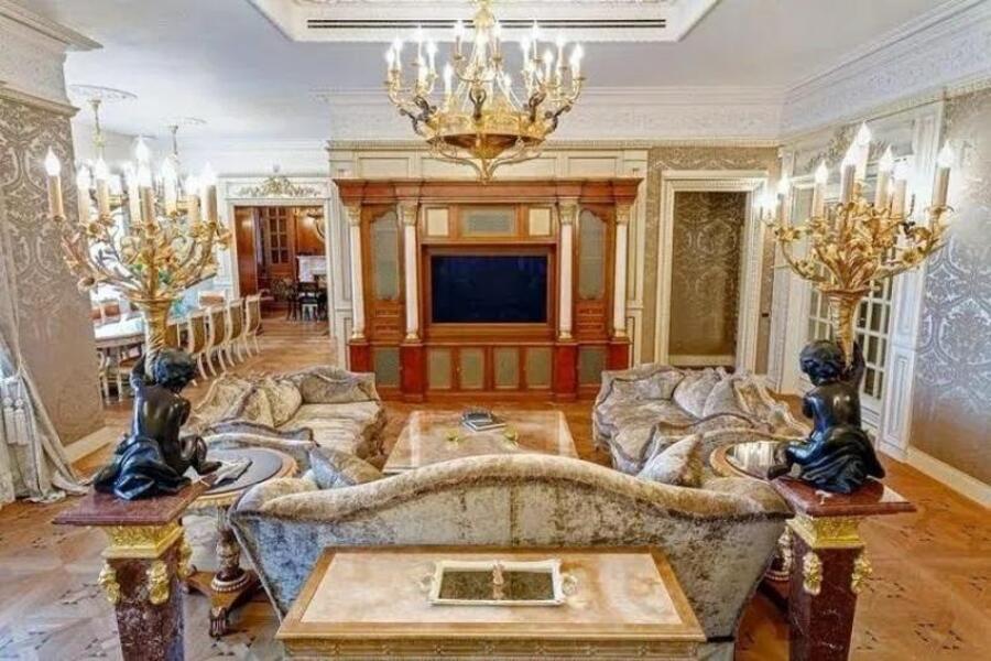 Квартира, 6-комн., Харьков, Центр, Сумская