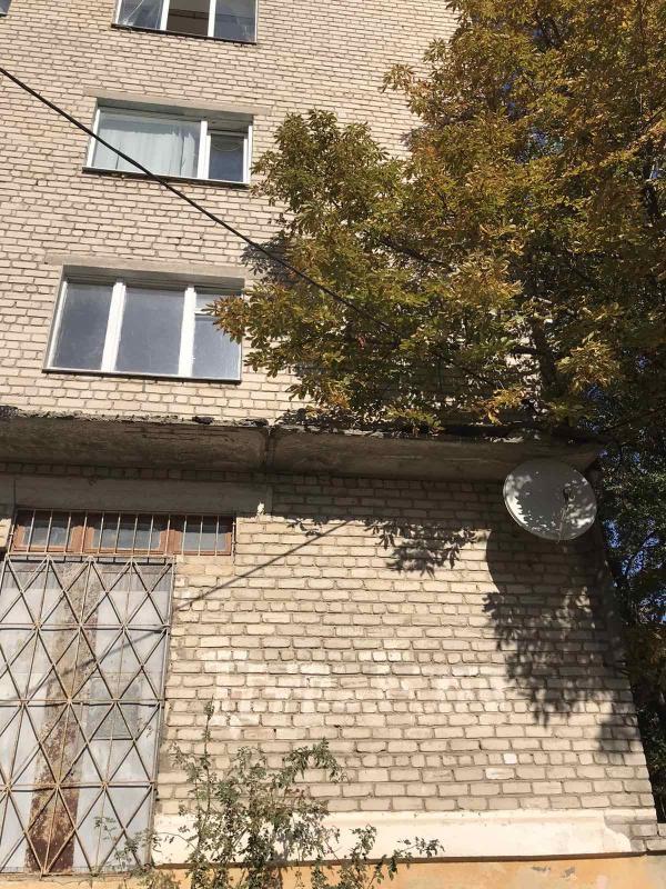Квартира, 3-комн., Изюм, Изюмский район, Независимости (Луначарского,70 Лет Октября, Буденого)
