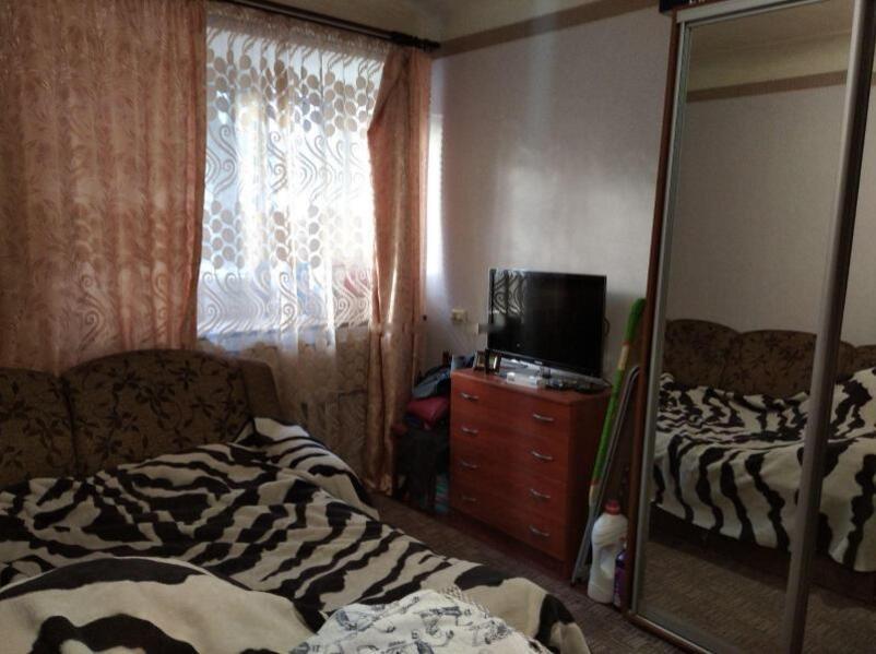 Купить 3-комнатная гостинка, Харьков, Госпром, Данилевского
