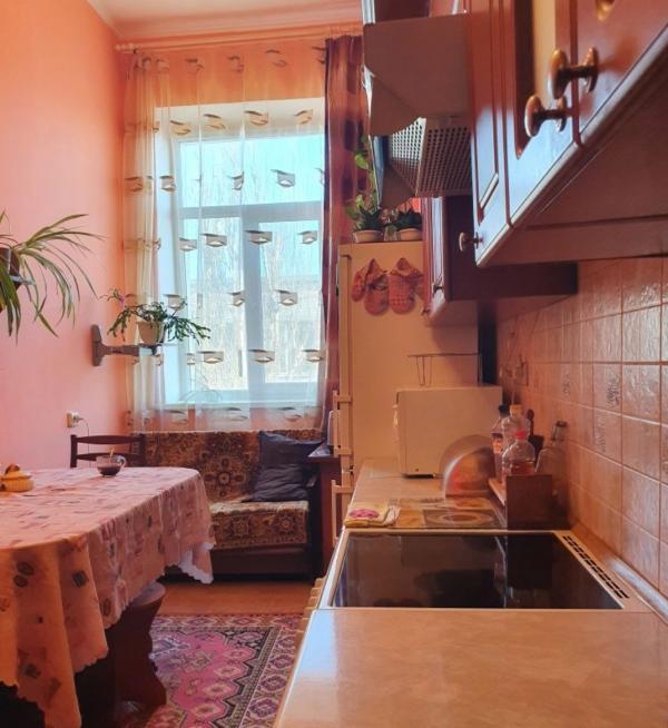 Квартира, 4-комн., Харьков, Холодная Гора, Баварская