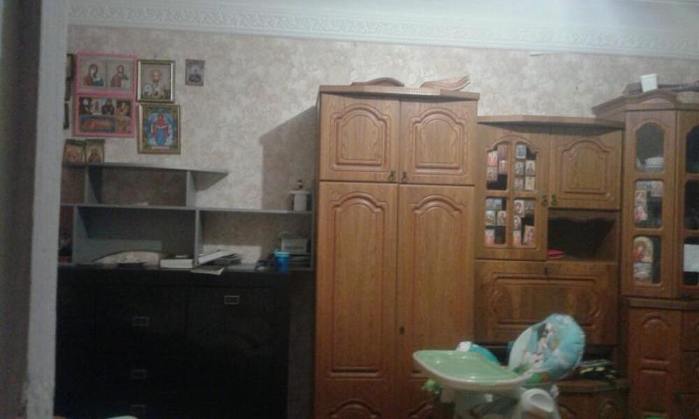 Квартира, 2-комн., Эсхар, Чугуевский район, Горького