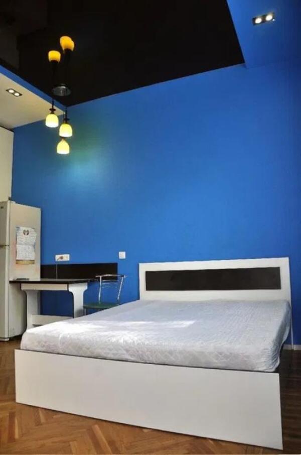 Купить 1-комнатная гостинка, Харьков, Защитников Украины метро, Молодой Гвардии